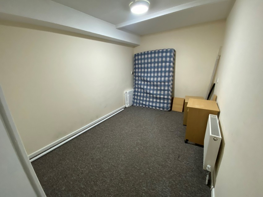 Images for *NO STUDENT FEES* Armory Lane, Portsmouth